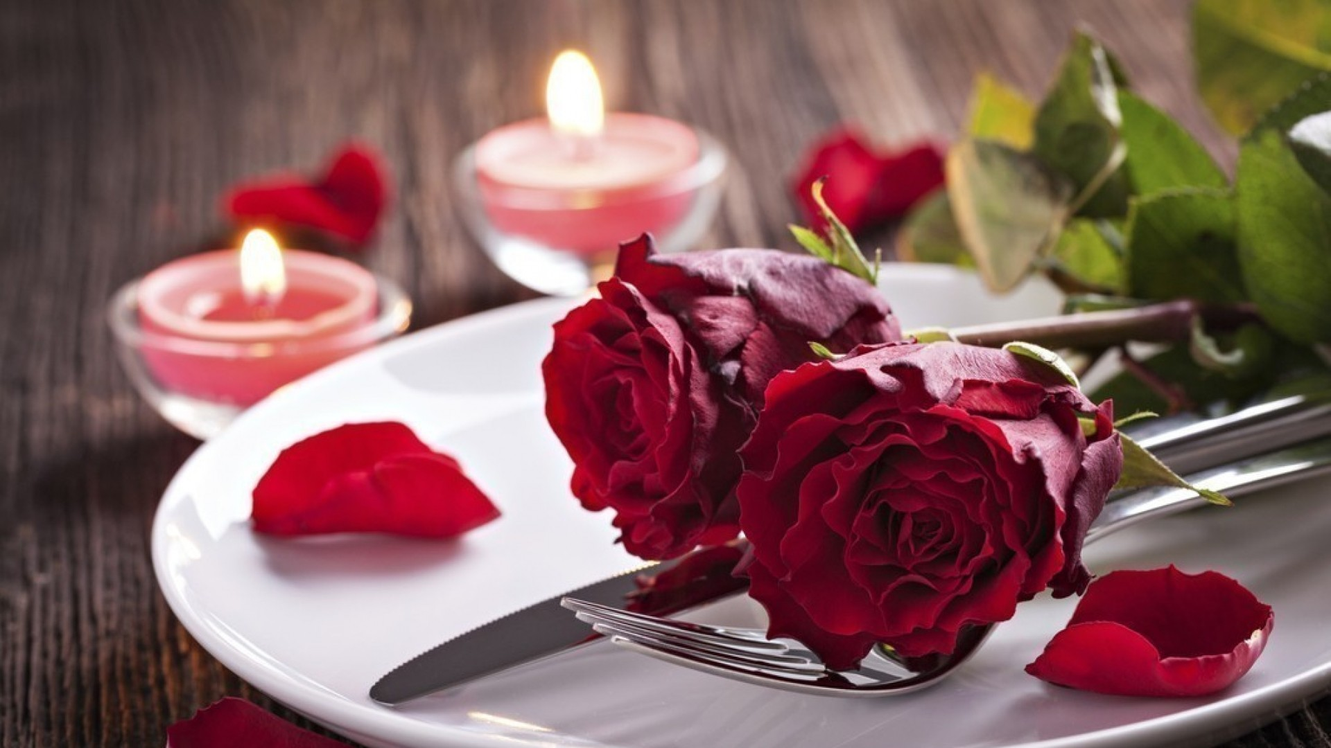Чем побаловать «вторую половинку» 14 февраля и как составить меню для семейной жизни?
