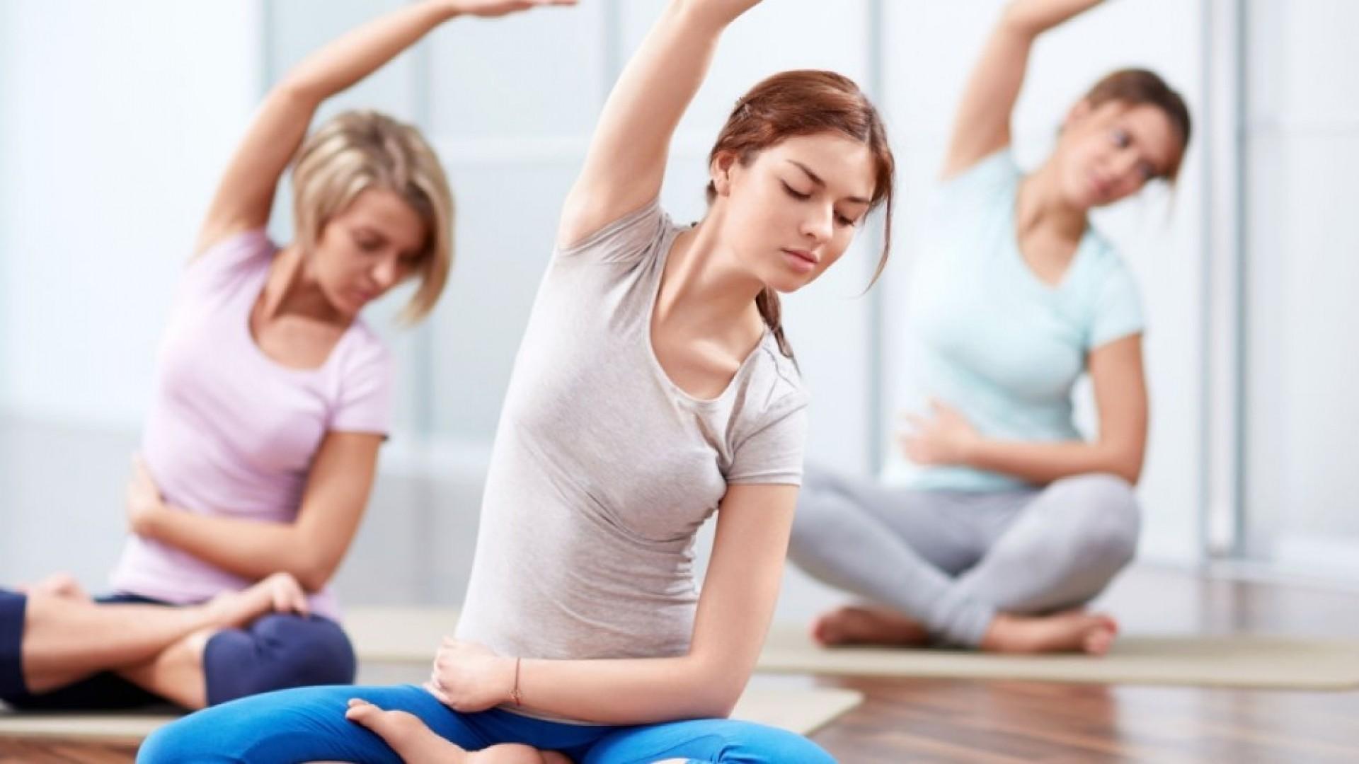 Уроки йоги: 5 простых первых асан