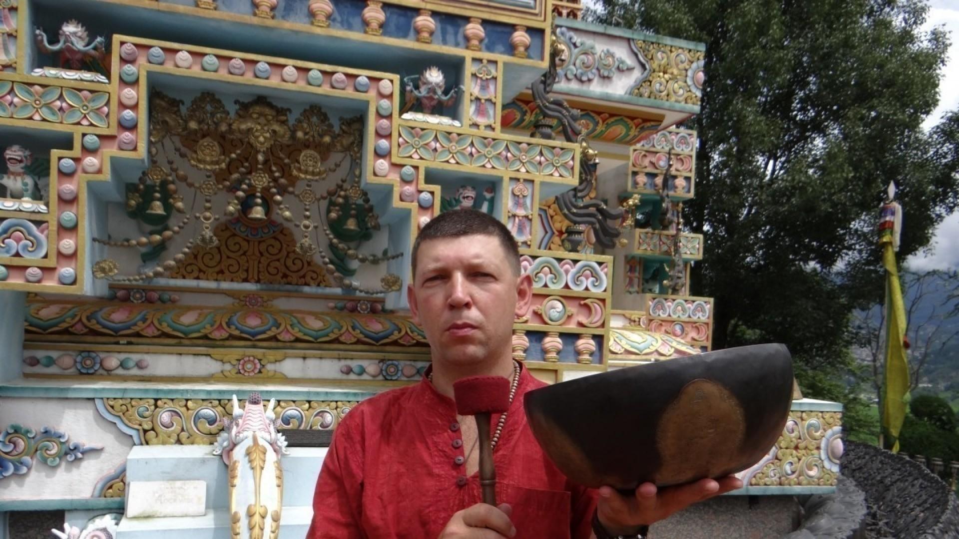 «Поющие чаши: вибрационно-акустическая терапия» — Базовый курс Виктора Сурикова в Новосибирске