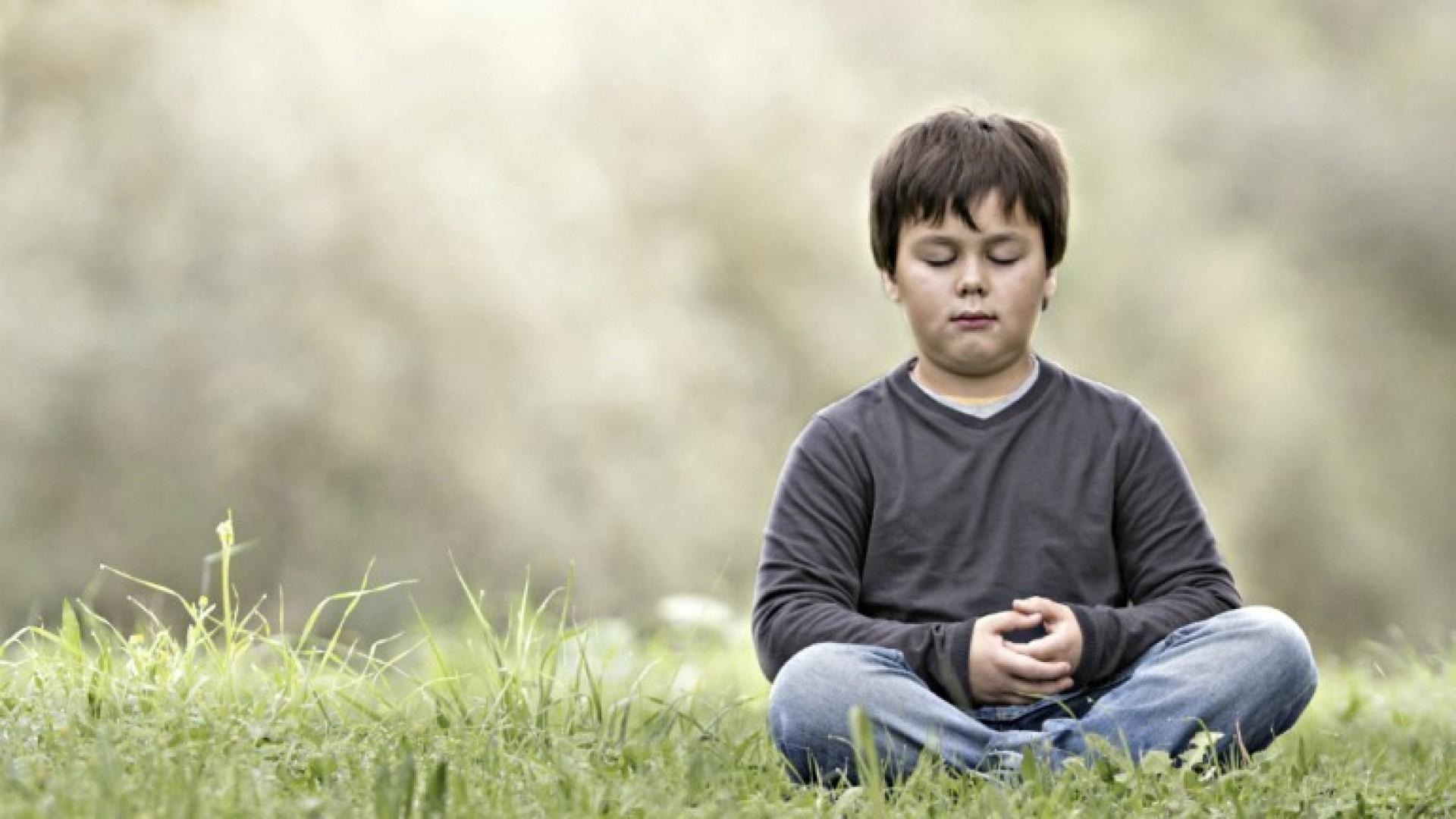 Медитация для детей: 4 простых техники