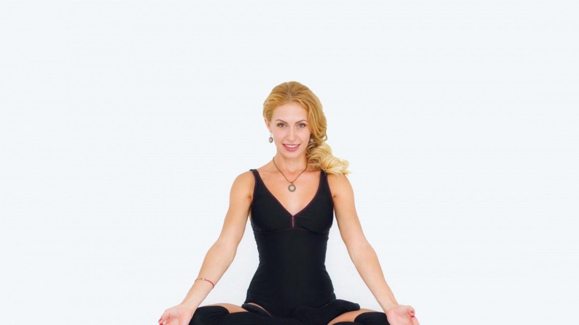 Готовимся к материнству: занимаемся йогой и медитируем