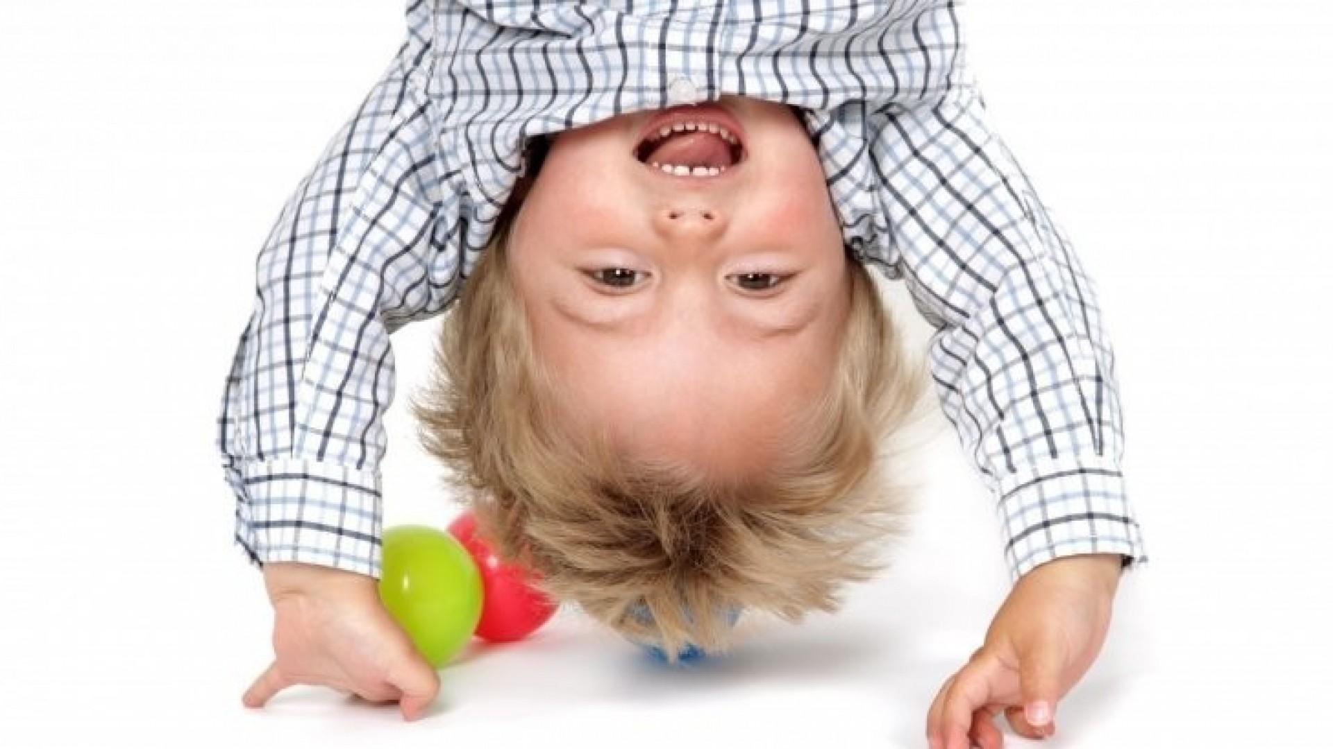 Как успокоить ребенка: 2 медитативные игры