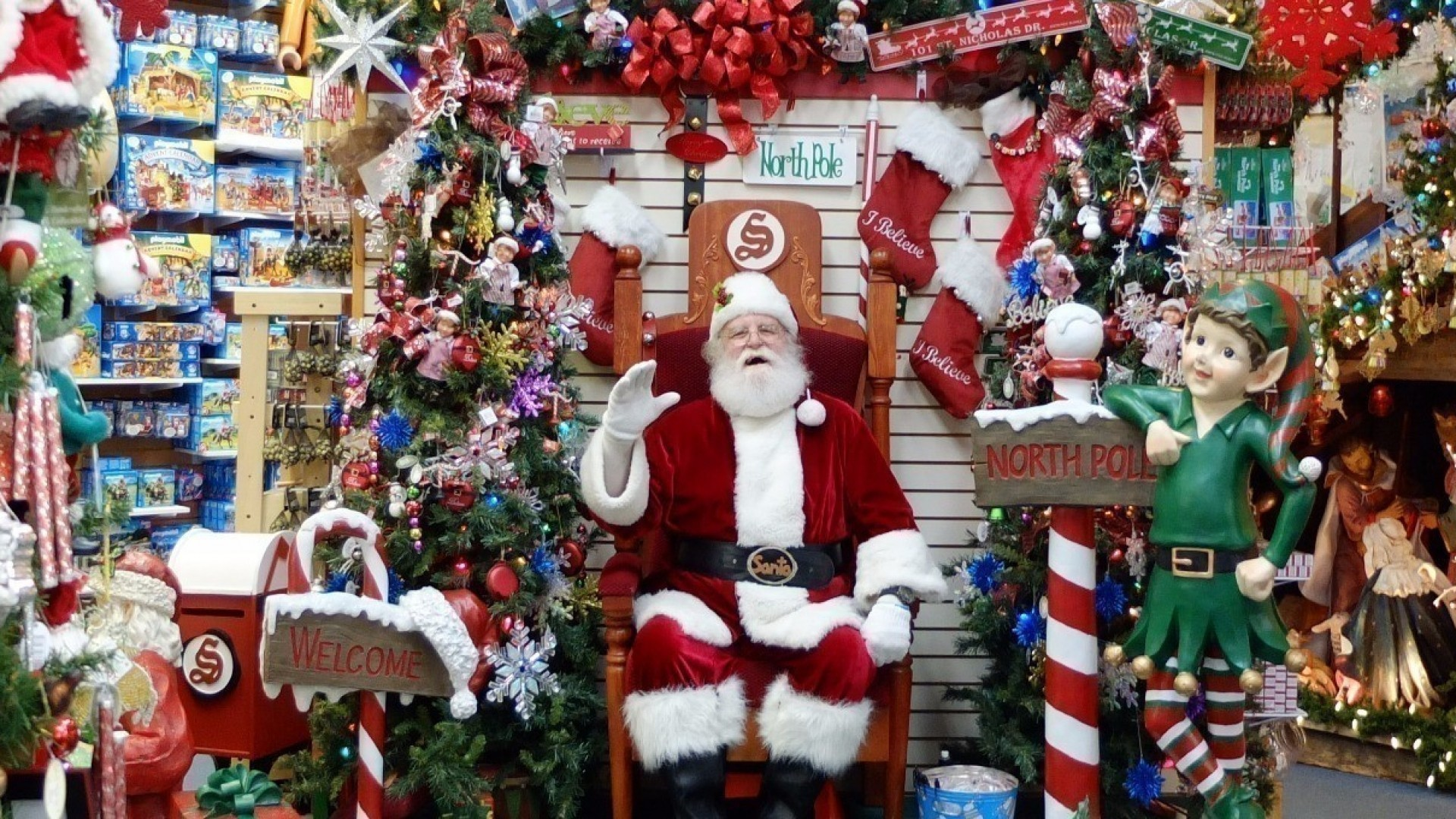 Топ-3 резиденции Деда Мороза