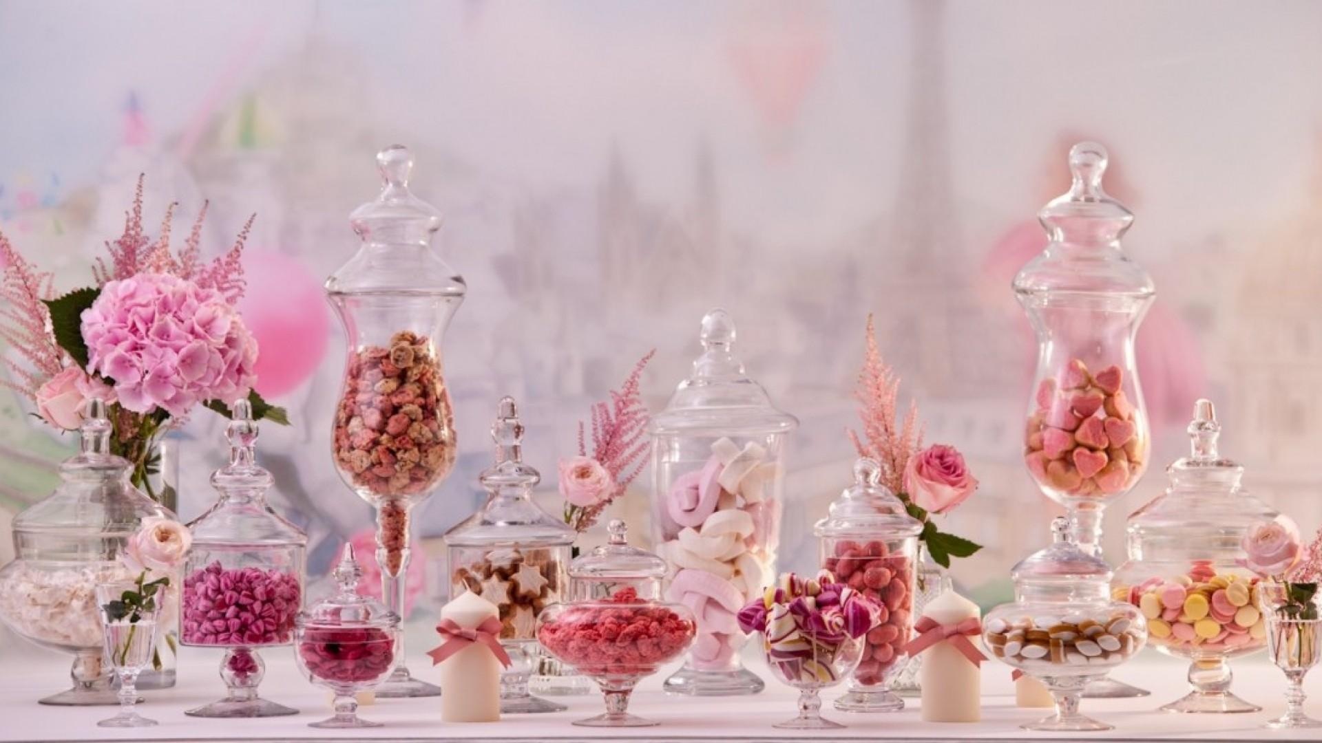 Candy Bar: банки и прочие склянки