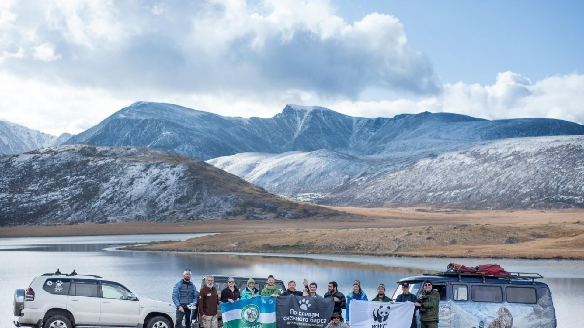 «По следам снежного барса»: видео из экспедиции