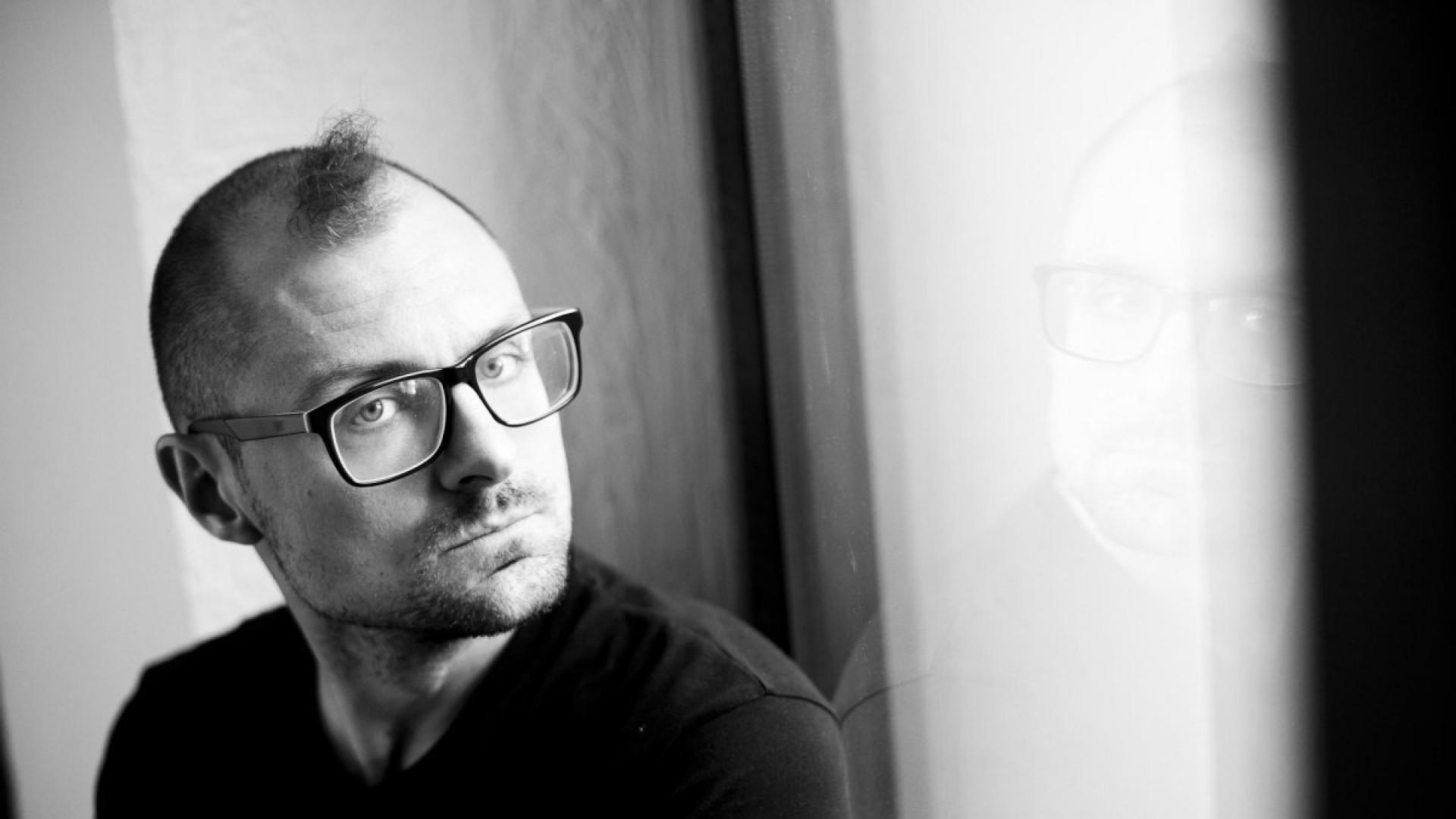 Режиссер Максим Диденко: «Когда читаешь стихи Рубинштейна, есть ощущение, что их поставить невозможно!»